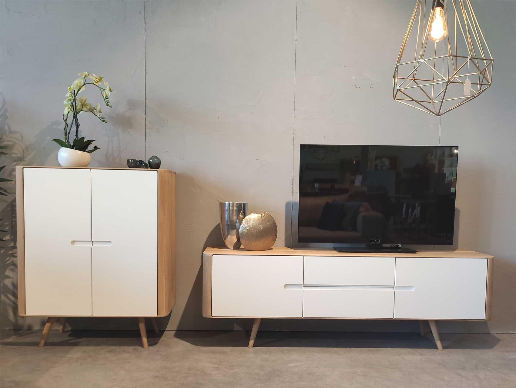 Schrank Tv Board 4m Massivholz Mobel Tubingen