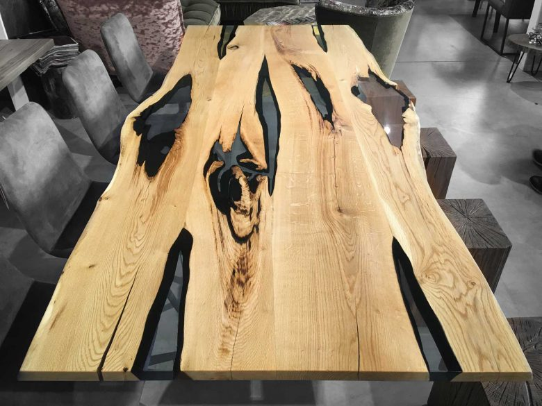 Esstisch Massivholz Eiche Unikat