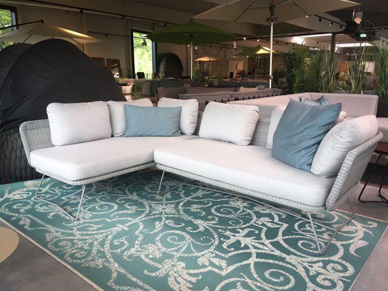 Horizon lounge m/Cane-line Natté Kissen, reduziert, Ausstellungsstück, Einzelstück, Abverkauf