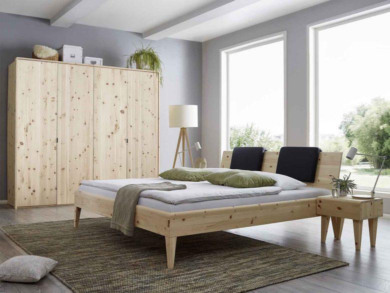 Kleiderschrank Zirbe Massivholz Schlafzimmer ätherischen Öle Raumklima